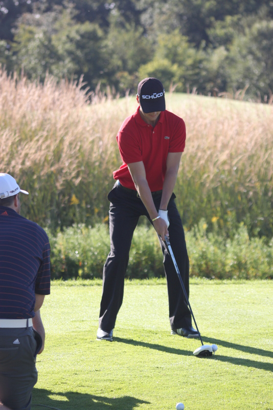 Martin Kaymer hits the new white TaylorMade R11 driver