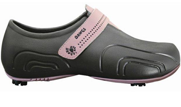 A new, lightweight golf shoe by Dawgs Golf.
