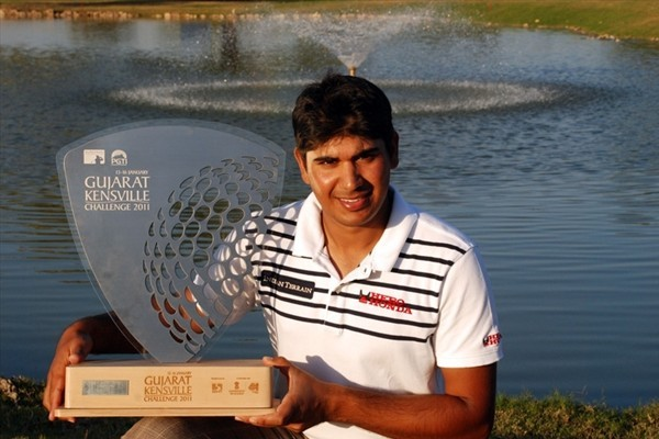 Gaganjeet Bhullar of India won the 2011 Gujarat Kensville Challenge, held in his homeland.