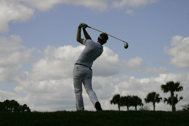 England's Luke Donald hits his tee shot off the second tee during the Honda Classic golf tournament in Palm Beach Gardens, Fla., Sunday, March 2, 2008.