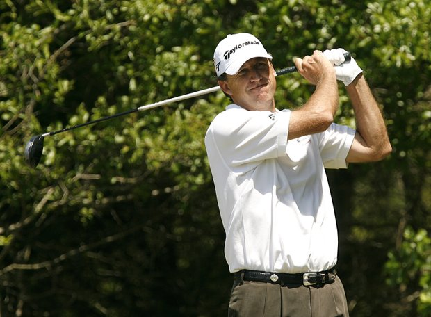 Steve Jones tees off the ninth hole during the final round of the 2007 Athens Regional Foundation Classic Sunday, April 22, 2007, at the Jennings Mill Country Club in Bogart, Georgia.