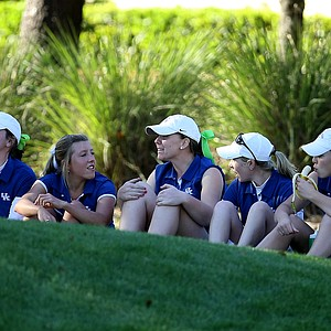 University of Kentucky players wait on Ashleigh Albrecht during the second round of the UCF Challenge. Albrecht dropped from first to second.
