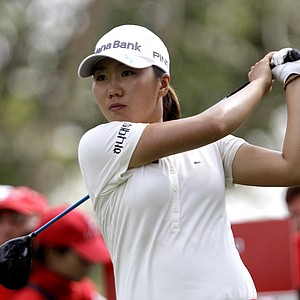 South Korea's In-kyung Kim tees off on the 9th hole during the second round of LPGA Thailand golf tournament in Pattaya, southern Thailand Friday, Feb 18, 2011.