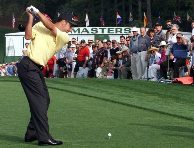 AUGUSTA, : Jose Maria Olazabal of Spain hits a tee shot off the first tee 07 April 1999 during the final practice round for the Masters Golf Tournament at the Augusta National Golf Club in Augusta, GA.