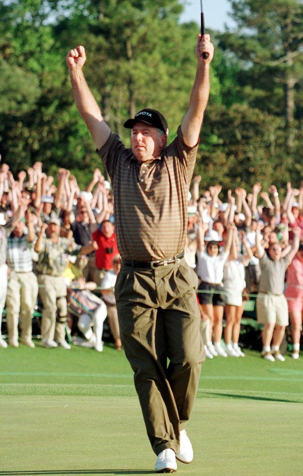 AUGUSTA, : Mark O'Meara of the US reacts to making a birdie putt on the 18th hole to win the 1998 Masters Golf Tournament 12 April at Augusta National Golf Course in Augusta, GA. O'Meara finished at nine-under-par.