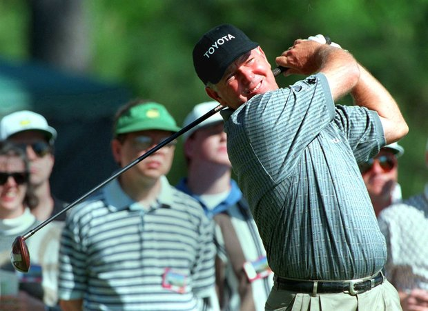 AUGUSTA, : Mark O'Meara of the US watches his drive on the 15th hole 11 April during third round action at the 1998 Masters at Augusta National Golf Course in Augusta, GA. O'Meara shot a 68 to go 4-under-par for the tournament.