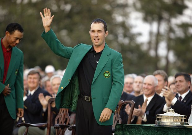 Mike Weir waves to the crowd after winning the 2003 Masters Tournament on April 13, 2003 at the Augusta National Golf Club in Augusta, Georgia.