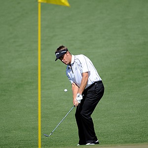 Stuart Appleby of Australia hits a pitch shot on the second hole during the first round of the 2009 Masters Tournament at Augusta National Golf Club on April 9, 2009 in Augusta, Georgia.