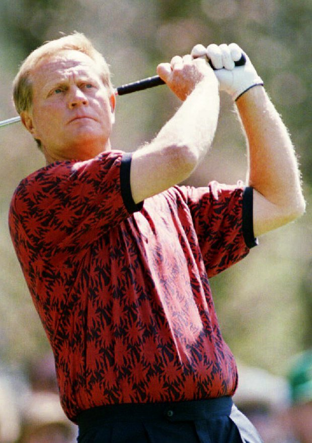 Jack Nicklaus watches his shot 08 April 1993 on the fourth tee during first-round action of the Masters Tournament at Augusta National Golf Course in Georgia. Nicklaus, six-time winner of this tournament, was two-under-par after 10 holes of play.