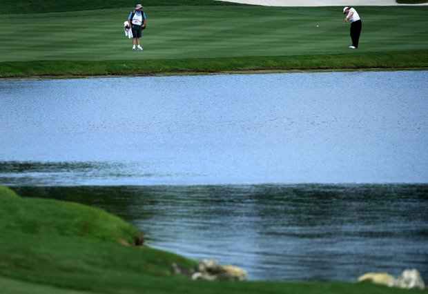 Lee Janzen made double bogey at No. 6, after sinking his second shot into the water, during Round 1 of the Arnold Palmer Invitational at Bay Hill Club & Lodge.