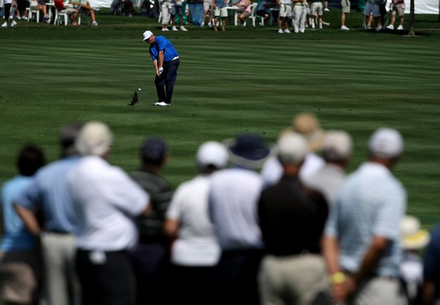 Carl Pettersson hits his third shot at No. 6 during Round 1 of the Arnold Palmer Invitational at Bay Hill Club & Lodge.