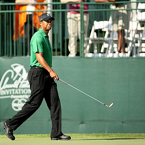 Tiger Woods at No. 17 during Round 2 of the Arnold Palmer Invitational at Bay Hill Club & Lodge.