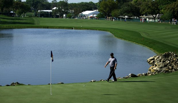 David Duval makes his way to his ball at No. 18 during Round 2 of the Arnold Palmer Invitational at Bay Hill Club & Lodge.