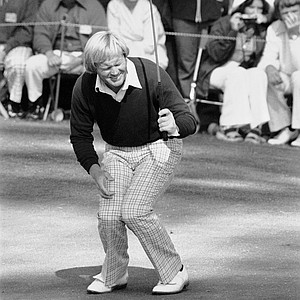 Jack Nicklaus reacts as he misses a birdie putt on the tenth hole in the third round of the Masters Tournament at Augusta, Ga., April 13, 1975.