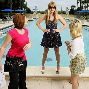 Orlando, Fla.--03/09/10--Paula Creamer Sunglass shoot.