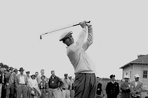 Jack Fleck warms up before a playoff with Ben Hogan for the 1955 U.S. Open. Fleck shot a 69 to beat Hogan by three strokes in San Francisco.