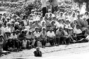 Orville Moody holes out on the 18th green to win the 1969 U.S. Open Championship in Houston, Tex., on June 15, 1969.