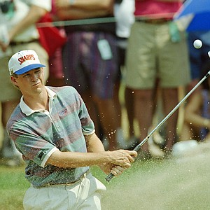 Lee Janzen of Kissimmee, Fla., chips to the sixth green during the third round of the U.S. Open at Baltusrol Golf Club in Springfield, N.J. Saturday, June 19, 1993. Janzen shot 67 on Friday for a tournament-leading-6 under 134, tying the Open's 36 hole scoring record Jack Nicklaus en route to winning in 1980 at Baltusrol.