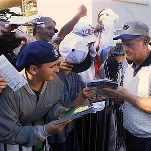 Jack Nicklaus signs autographs for fans after completing his second round of the 100th U.S. Open Golf Championship at the Pebble Beach Golf Links in Pebble Beach, Calif., Friday, June 16, 2000. Nicklaus, playing in his 44th consecutive Open, finished at 13-over 155.