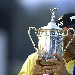 Angel Cabrera celebrates his win at the 2007 U.S. Open at Oakmont Country Club on June 17, 2007 in Oakmont, Pennsylvannia.