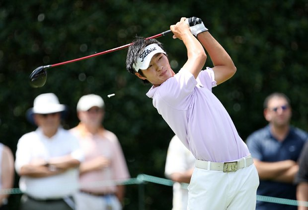 Danny Lee tees off at the 19th hole of Sunday's 36-hole match during the 2008 U. S. Amateur.