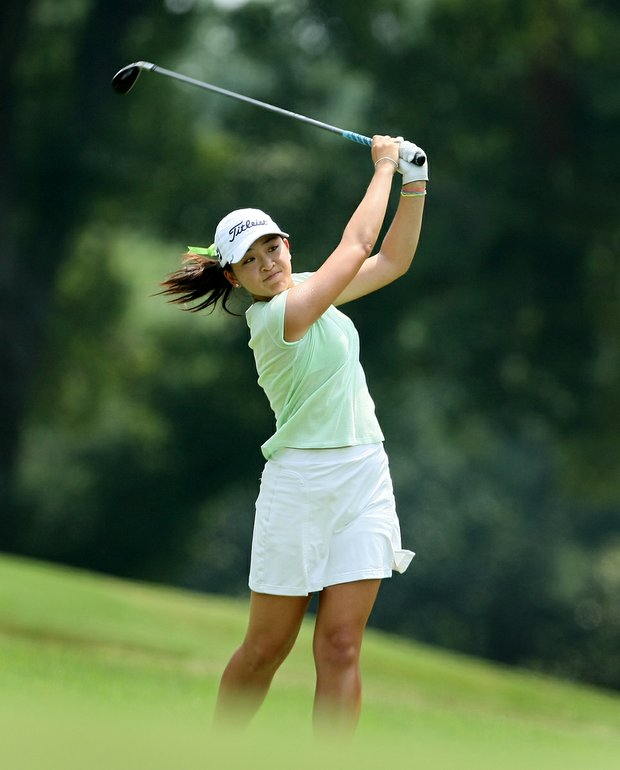 Tiffany Lua hits a shot at No. 18 during Wednesday's Round of 64 at the 2010 Women's Amateur at Charlotte Country Club, August 10, 2010.