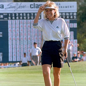 Golfer Jan Stephenson smiles after winning the LPGA's Konica San Jose Classic in San Jose, Calif., on Sept. 28, 1987.