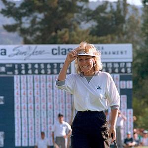 Golfer Jan Stephenson smiles after winning the LPGA's Konica San Jose Classic in San Jose, Calif., on Sept. 28, 1987.