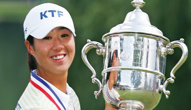 Birdie Kim with the U.S. Women's Open trophy in 2005.