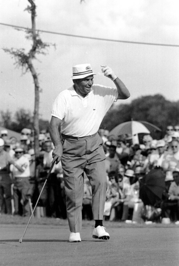 Julius Boros reaches to tip his hat at Pecan Valley Country Club in San Antonio, Texas on July 21, 1968. Boros is the winner of the PGA National Championship tournament after he holed out on the 18th green with a 1-over-par-281.