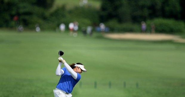 Ariya Jutanugarn hits her tee shot at No. 16 during Tuesday stroke play.