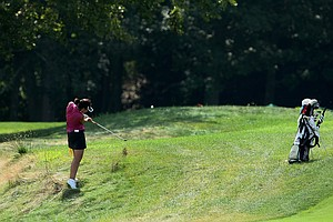 Erynne Lee tries to hit out of the rough at No. 6 during Tuesday stroke play of the U. S. Women's Amateur Championship at Rhode Island Country Club in Barrington, Rhode Island.