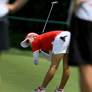 Jihee Kim tries to get her putt to drop at No. 16 during the Round of 64 at the U. S. Women's Amateur Championship at Rhode Island Country Club in Barrington, Rhode Island.