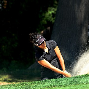 Stephanie Kono hits a bunker shot at No. 13 during the Round of 32. Kono advances after defeating Lydia Ko.