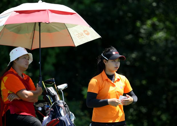 Moriya Jutanugarn prepares to hit her tee shot at No. 17 during the Round of 32. She defeated Amy Anderson to advance.