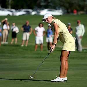 Brooke Pancake watches her putt on the 21st hole during the Quarterfinals. She defeated Erynne Lee.