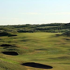The 465-yard par 4, 9th hole 'End' at Royal Aberdeen Golf Club on May 12, 2011 in Aberdeen, Scotland.