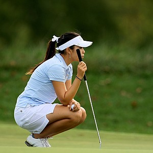 Tiffany Lua of UCLA lines up a putt during the final round.