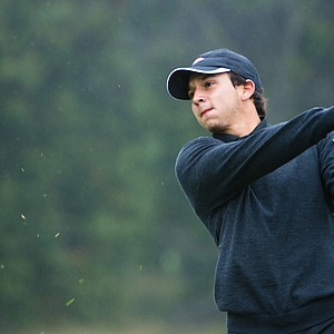 Arkansas' Josh Eure hits from the rough on the 17th hole during the second round at the Golfweek Conference Challenge.