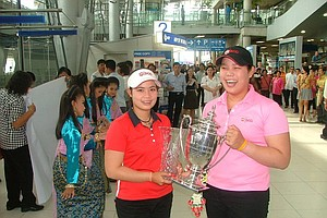 Moriya and Ariya Jutanugarn return to Bangkok, Thailand after a long summer of golf in the U.S.
