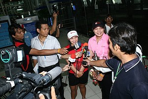 Moriya and Ariya Jutanugarn speak with Thailand media upon their return home to Bangkok.