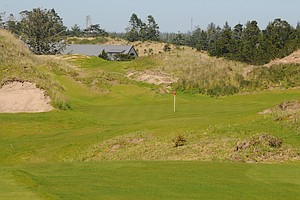 With the Bandon Trails clubhouse in the background, you know you're near the end of one of the best rides at Bandon Dunes.  With everything visible off the tee, the 12th is a good transition to the 13th hole.