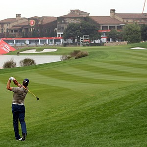 Robert Karlsson in action during the first round of the WGC-HSBC Champions.