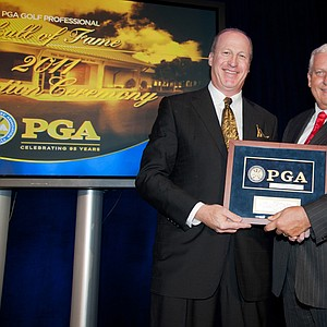 Hall of Fame inductee Jim Antkiewicz and PGA president Allen Wronowski