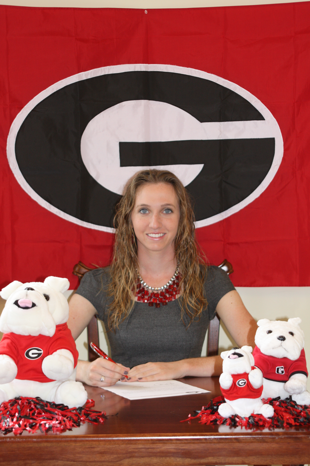 Kailey Walsh signs with Georgia