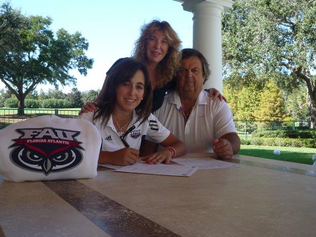 Alice Barbieri signs with Florida Atlantic