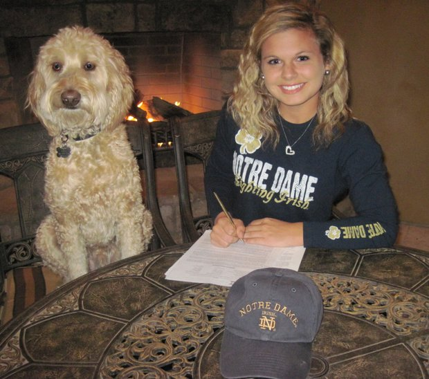 Lindsey Weaver signs with Notre Dame