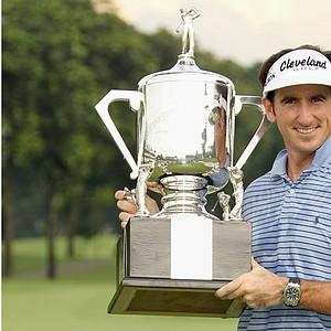 Gonzalo Fernandez-Castano prevailed in a playoff to win the Singapore Open.