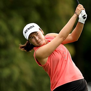 Candie Kung watches her tee shot at No 4 on Thursday at the CME Group Titleholders at Grand Cypress in Orlando, Fla.
