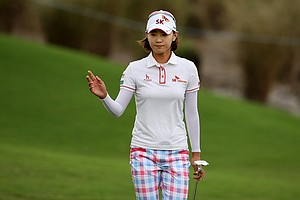 Na Yeon Choi at No. 10 on Saturday at the CME Group Titleholders at Grand Cypress in Orlando, Fla.